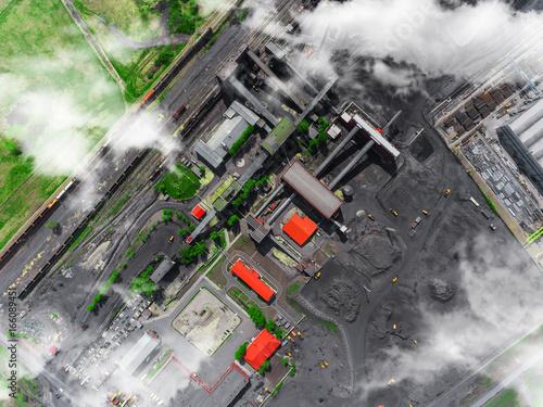 panorama-widok-z-lotu-ptaka-zakladu-przetworstwa-wegla-produkcji-przemyslowej