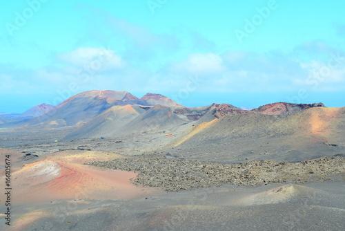 Papiers peints Turquoise Volcanos, Land of fire Natual Park, Lanzarote, Canary Islands, Spain