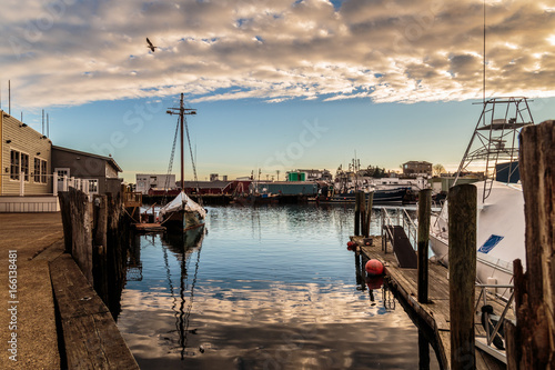 Valokuva  America's original seaport, Gloucester Harbor,