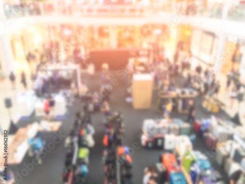 Keuken foto achterwand New York Abstract blur shopping mall and retails store