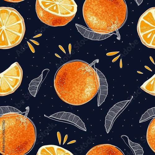wzor-recznie-rysowane-pomarancze-i-plastry-w-stylu-szkicu-ilustracji-wektorowych
