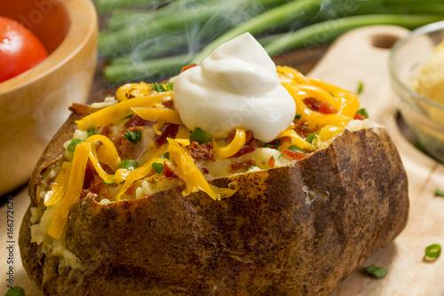 Photo  baked potato supreme