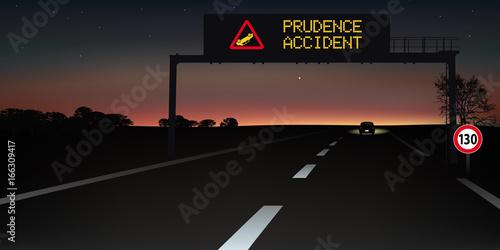 autoroute - signalisation routière - panneau - accident - sécurité routière Canvas Print