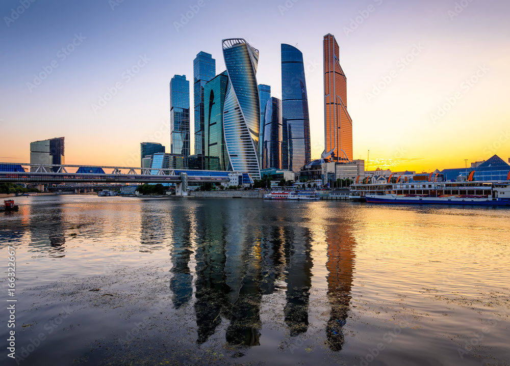 Fototapety, obrazy: Skyscrapers of Moscow City business center and Moscow river in Moscow at sunset, Russia