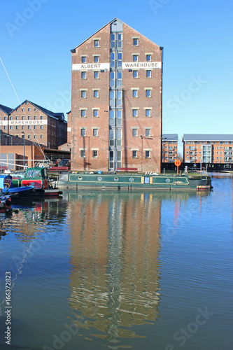 Photo  Warehouse in Gloucester Docks