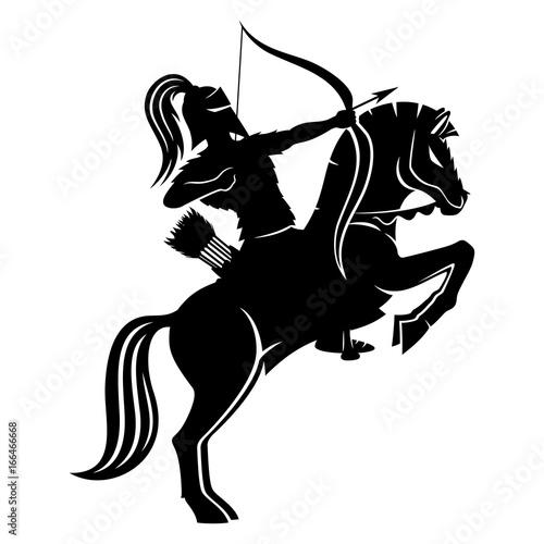Photo Warrior archer on horseback.