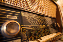 Retro Old Radio