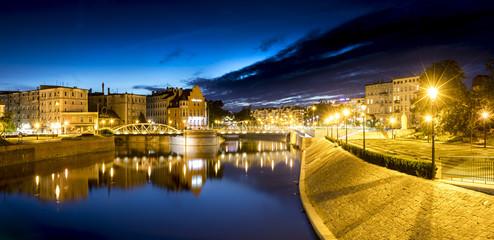 Fototapeta Evening photo of river and buildings of Ostrów Tumski Wroclaw, Poland