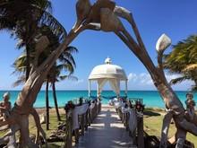 Celebration On The Beach, Cuba