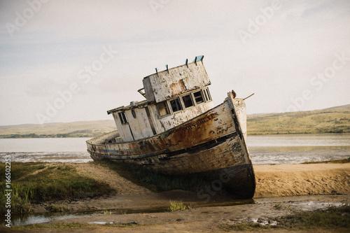 Foto op Canvas Schipbreuk Point Reyes Shipwreck in California