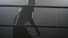 Boxer Walks Into The Ring On T...