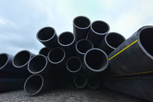Large Black Plastic Pipes For ...