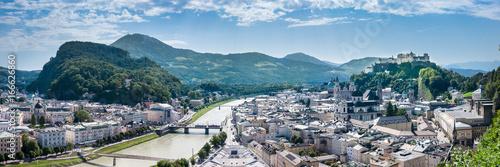 Fototapeta premium Panorama: Salzburg latem