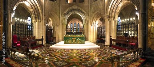Obraz na plátně Intérieur de la cathédrale Christ Church de Dublin, Irlande