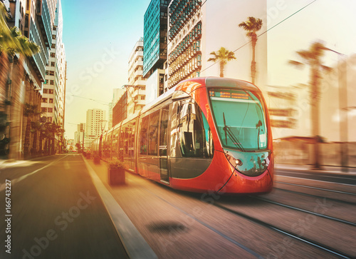 Foto  view of a moving tram in Casablanca - Morocco