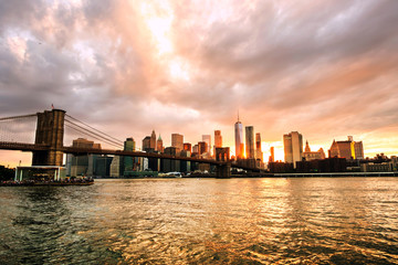 New York, USA. View of Manhattan bridge and Manhattan skyline in New York, USA