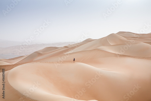 Rub al Khali Desert at the Empty Quarter, in Abu Dhabi, UAE Fotobehang