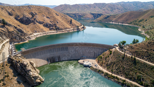 Door stickers Dam Hydroelectric Dam in Idaho beautiful view of both sides