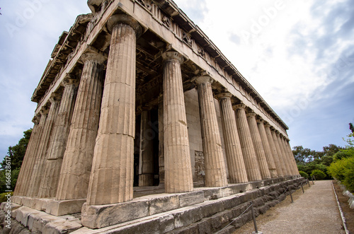 Photo  Temple of Hephaestus, Athens, Greece..