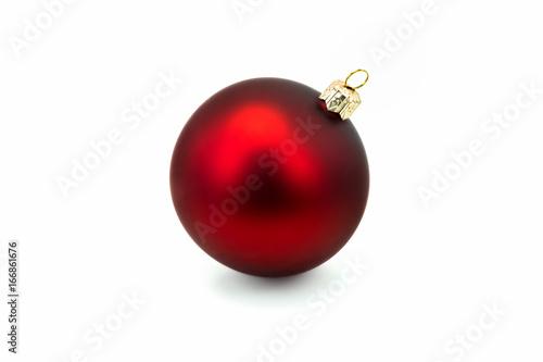 Obraz Rote Weihnachtskugel isoliert - fototapety do salonu