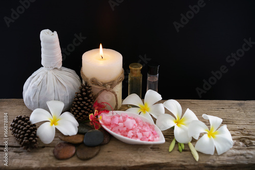 Foto op Canvas Spa Spa massage compress balls, herbal ball on the wooden with treaments spa , Thailand, soft and select focus.