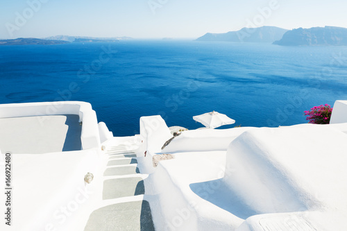Papiers peints Santorini White architecture on Santorini island, Greece