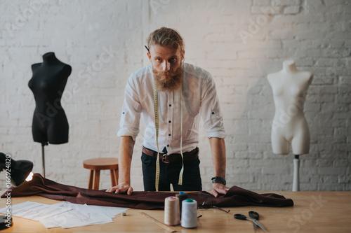 Fotografija  Man working in parlour