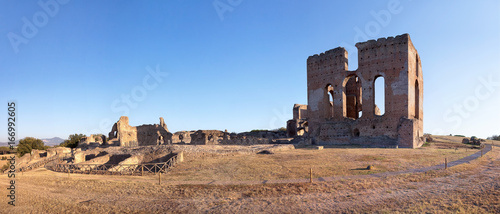 Poster Ruine The Villa of the Quintiles and the residence of Herod Atticus along the Appian Way