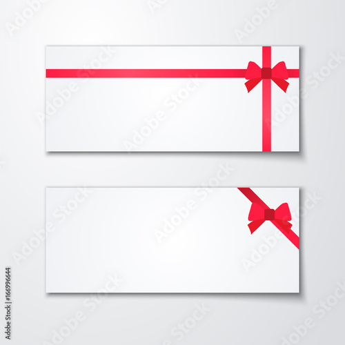 Geschenk Karte mit roter Schleife und Band, weißer Hintergrund ...