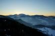 Sonnenuntergang in Winterlandschaft in den Bergen