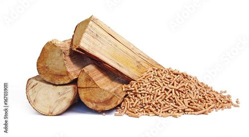Vászonkép Bûches de bois et granulés de bois