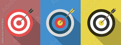 Fotografía  Set of targets with arrows. Target flat icons