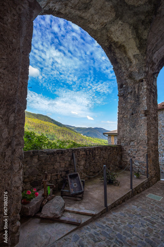 Landscape of ancient medieval village in Italy Tablou Canvas