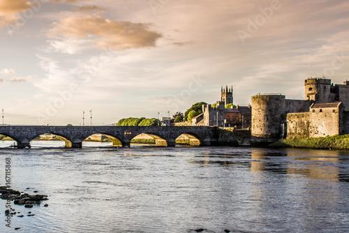 Fototapeta King John's Castle - Limerick