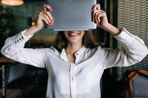 Fotografía  Anonymity in Internet