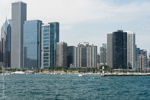 Spoed Fotobehang Centraal-Amerika Landen Chicago Downtown skyline view from a boat