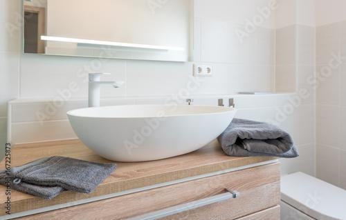 Fotografía  Waschtisch, modernes Aufsatzwaschbecken
