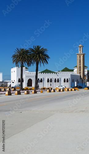 Recess Fitting Morocco Marocco, Nord Africa: la moschea al porto di Tangeri, città africana sulla costa del Maghreb