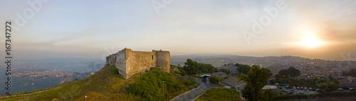 Foto  Vista aerea del castello Normanno Svevo, Vibo Valentia, Calabria, Italia