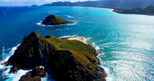Poster Cote Two Remote Coastal Islands in the Pacific Ocean with a Small Beach Surrounded by Turquoise Blue Ocean Waters - Aerial Shot in Oahu, Hawaii