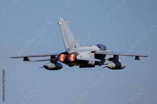 Fototapeta Dopalacz wojskowy myśliwców