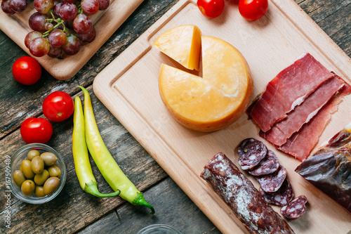 Valokuva  Delicious appetizer on wooden table