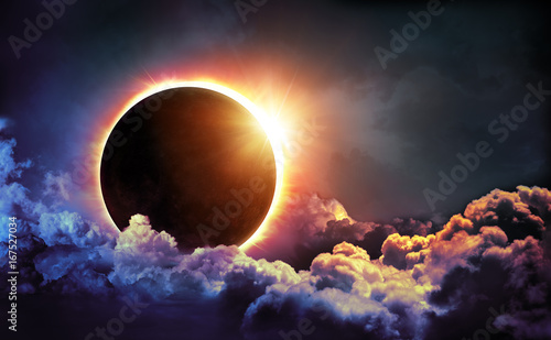 solar-eclipse-in-clouds