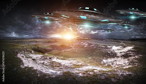 Photo sur Toile UFO UFO invasion on planet earth landascape 3D rendering