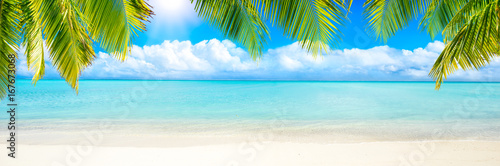 Photo Stands Tropical beach Sommer, Sonne, Strand und Meer als Panorama Hintergrund