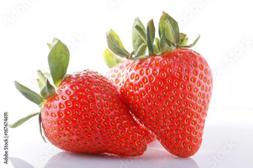 Vászonkép strawberries isolate on white