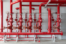 Red Water Pipe Valve,pipe For Water Piping System Control In Industrial Building.