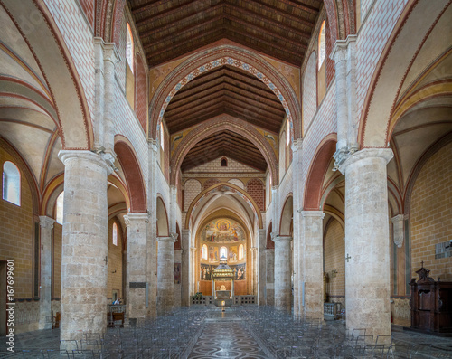 Interior view in Anagni Cathedral, province of Frosinone, Lazio, central Italy Fototapet