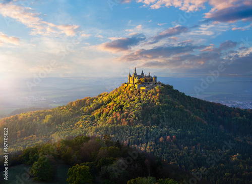 Foto op Plexiglas Kasteel Panoramic view of German Castle Hohenzollern during sunset