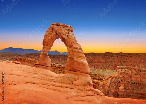 Canvas Prints Orange Glow Delicate Arch in Arches National Park, Utah, U.S.A.